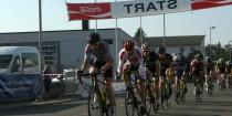 C-Klasse Rennen Rheinstetten Cup 2016 Steffen Roessler fuehrt das Feld an