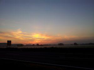 Anfahrt im Morgennebel Rheinstetten Cup DCDM